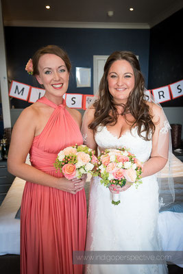 22-woolacombe-bay-hotel-wedding-photography-north-devon-bride-bridesmaid