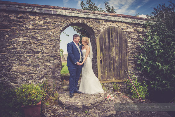 32-woolhanger-manor-wedding-photography-north-devon-bride-groom-walled-garden
