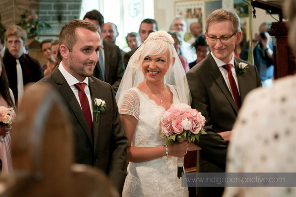 12-weirmarsh-farm-wedding-north-devon-guest-smile.jpg