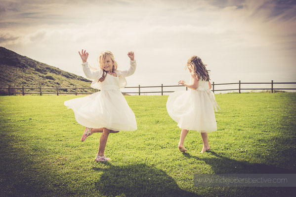 97-ocean-kave-wedding-photography-north-devon-flowergirls-twil-dresses-sea