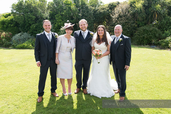 29-woolacombe-bay-hotel-wedding-photography-north-devon-family-group-photo