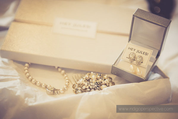 7-ocean-kave-wedding-photography-north-devon-jewellery-hey-jules