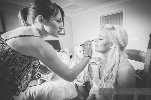 14-ocean-kave-wedding-photography-north-devon-makeup-4