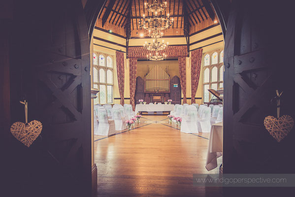 1-woolhanger-manor-wedding-photography-north-devon-venue-music-room
