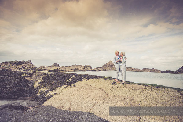 28-tunnels-beaches-same-sex-wedding-photography-north-devon-beach-3