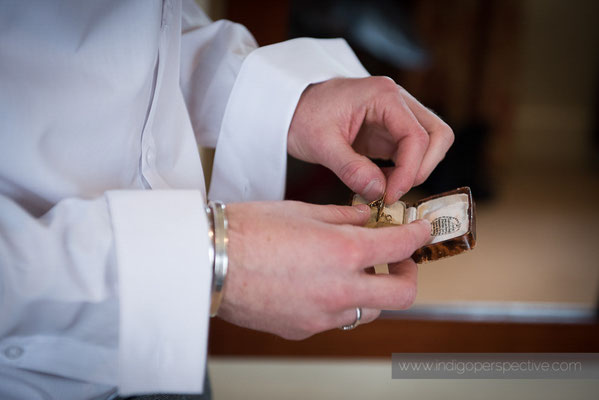 17-same-sex-wedding-north-devon-indigo-perspective-photography-groom-preparation-12