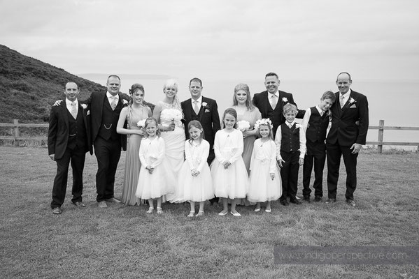 46-ocean-kave-wedding-photography-north-devon-party-group-photo-cliff-sea