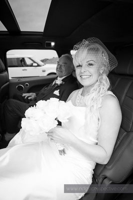 34-ocean-kave-wedding-photography-north-devon-bride-arrival