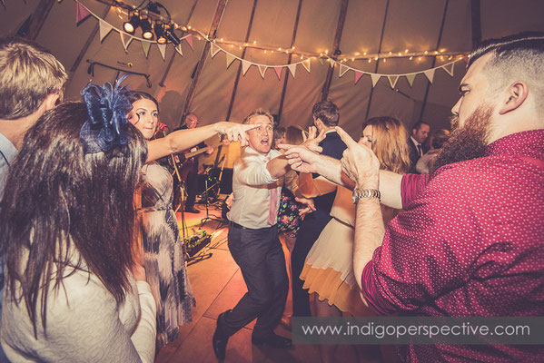 81-tipi-wedding-photography-north-devon-dancing-evening-party-2