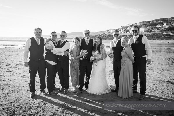 77-woolacombe-bay-hotel-wedding-photography-north-devon-wedding-party-beach-group-photo