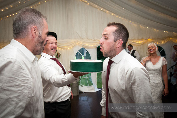 51-weirmarsh-farm-wedding-north-devon-groom-birthday-cake
