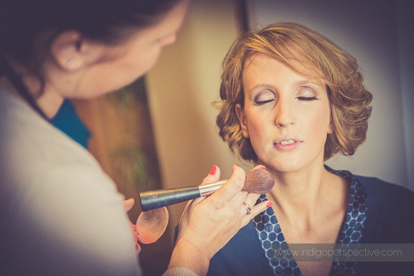 10-woolhanger-manor-wedding-photography-north-devon-bride-make-up-preparation