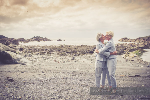29-tunnels-beaches-same-sex-wedding-photography-north-devon-beach