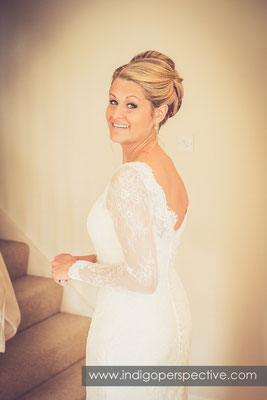 1-tipi-wedding-photography-north-devon-bride-dress-smile