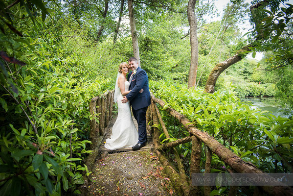 29-woolhanger-manor-wedding-photography-north-devon-bride-groom-5