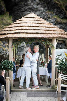 19-tunnels-beaches-same-sex-wedding-photography-north-devon-19