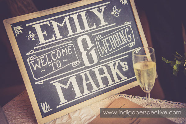 45-tipi-wedding-photography-north-devon-chalkboard-welcome