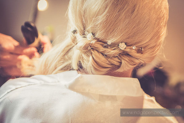 12-ocean-kave-wedding-photography-north-devon-bride-hair