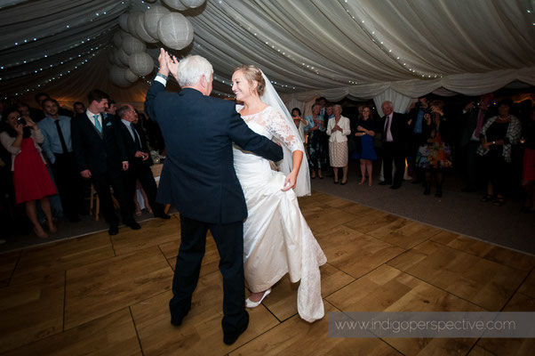 65-woolacombe-barricane-beach-wedding-north-devon-father-bride-dance-waltz
