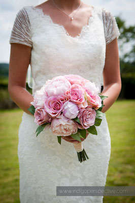 10-weirmarsh-farm-wedding-north-devon-bride-dress-flowers