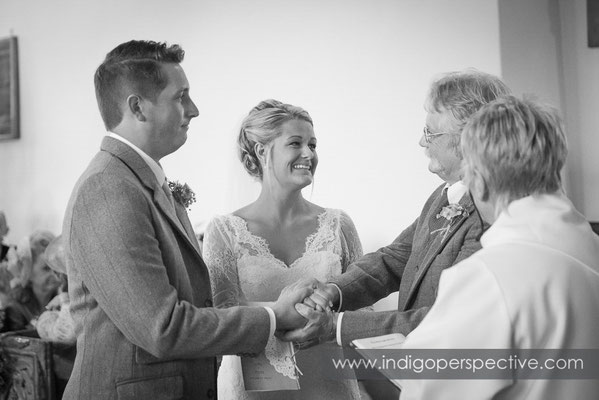 23-tipi-wedding-photography-north-devon-bride-groom-dad-ceremony