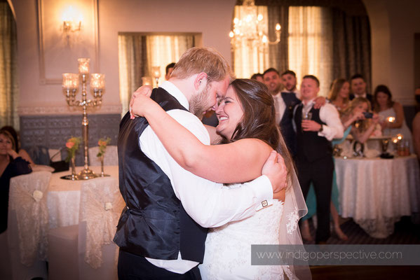83-woolacombe-bay-hotel-wedding-photography-north-devon-first-dance