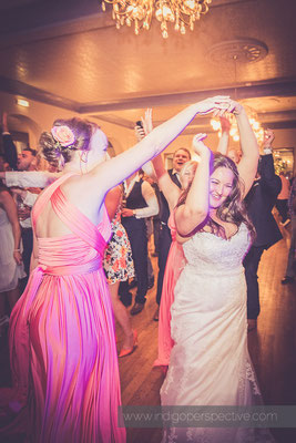 91-woolacombe-bay-hotel-wedding-photography-north-devon-evening-party-4