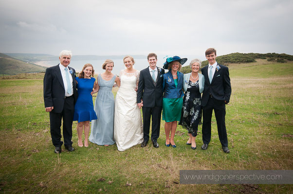 39-woolacombe-barricane-beach-wedding-north-devon-family-group