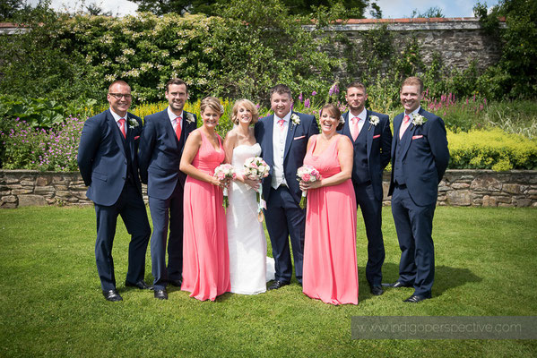 17-woolhanger-manor-wedding-photography-north-devon-group-photo-wedding-party