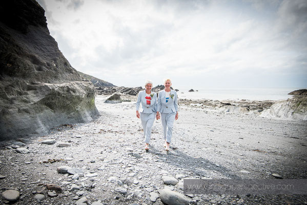 33-tunnels-beaches-same-sex-wedding-photography-north-devon-beach-7