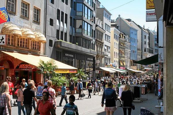 Fussgängerzone Basel Steinenstadt