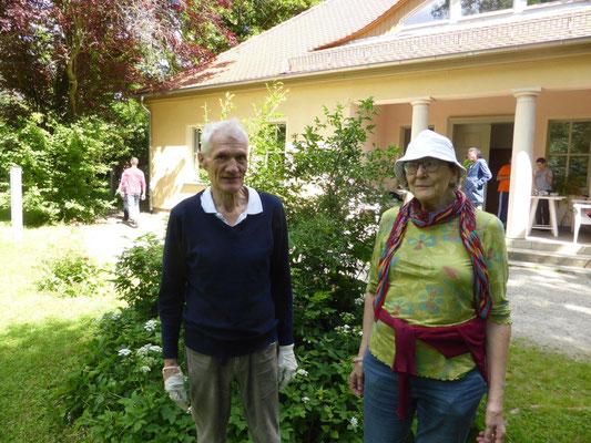 Weitgereiste Helfer: Nachfahren von Karl Ludwig von Knebel, einem Freund Goethes - die Familie Gyldén aus Paris bzw. Südschweden.