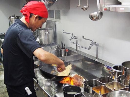 中華鍋で調理