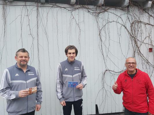 1. Vorstand Andreas Lickert mit  Mario Heinrich und Marvin Heinrich
