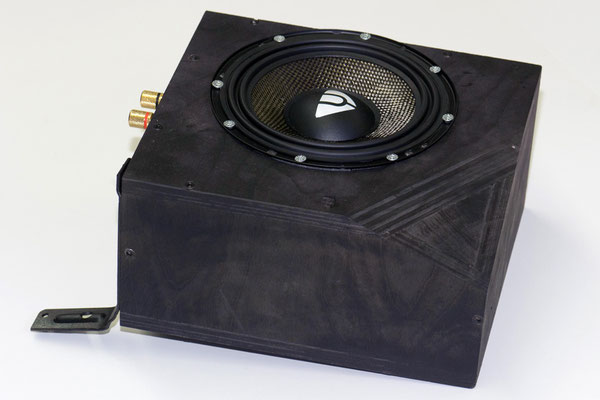Holzgehäuse für Andrian audio Subwoofer hinter dem armaturenbrett vom lamborghini