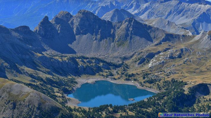 Le lac d'Allos et ses tours