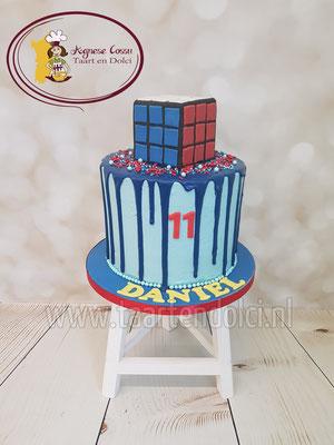 Rubikscube dripcake