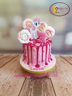 My little Pony Dripcake
