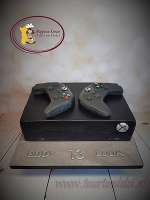 Xbox One X taart