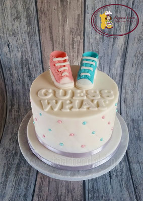 Gender reveal met schoentjes