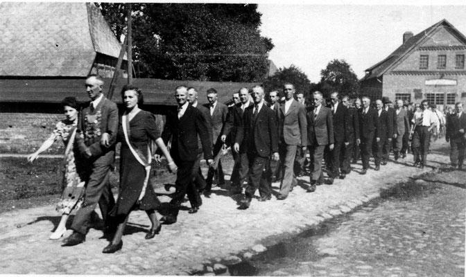 1949 Erntefest Rundmarsch