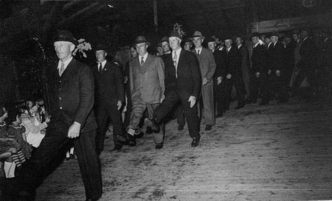 1951 Schützenfest Rundmarsch alter Saal