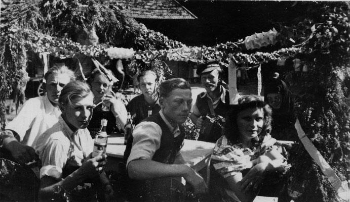 1949 Erntefest auf dem Wagen