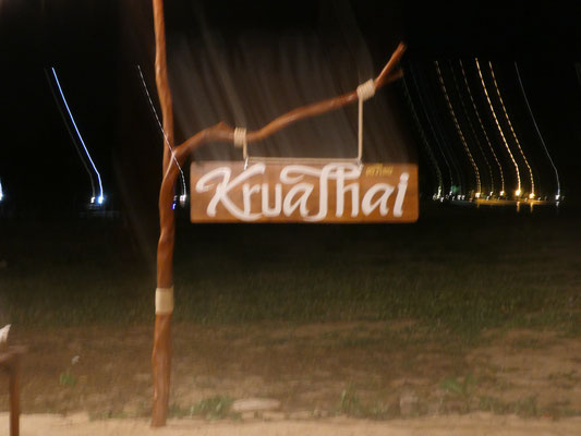 Kruathai tolles Restaurant am Strand