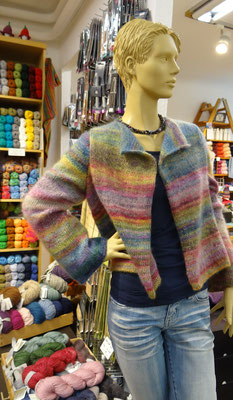 17. Mit doppeltem Faden gestrickte Jacke - Qual. Mille Colori Baby Luxe, Lang Yarns und Silkhair, Lana Grossa
