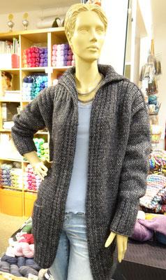 8. Lange warme Jacke - Qual. Insieme, Lana Grossa