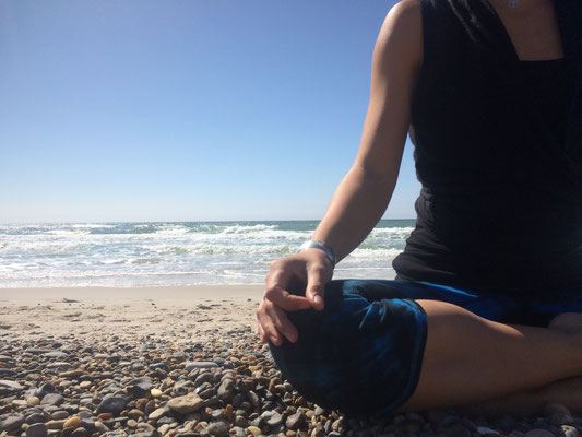 Yogaseminar, Yoga und Meditation, Strand, Natur