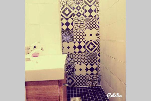 Deuxième salle de bain avec douche et WC