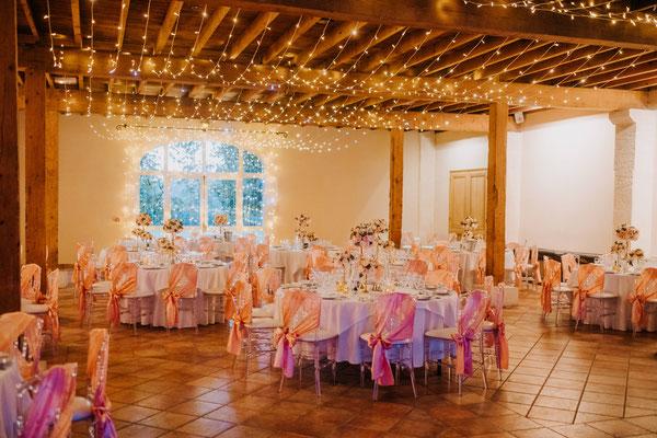 Crédit Photo : Valery Villard - Mariage organisé par Les Rires de Julie, décoré par Audrey Mauro Wedding Designer