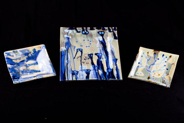 Assiettes carrées bleu